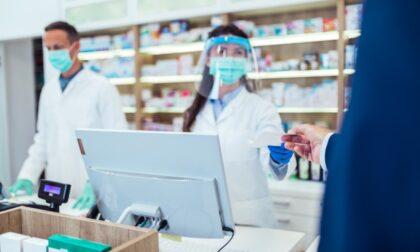 Tamponi gratis in farmacia agli esenti dal vaccino, ok ma dove?