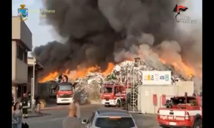 """Diedero fuoco ai rifiuti illeciti perché la discarica """"scoppiava"""": tre arresti per il maxi rogo alla Eredi Bertè di Mortara"""