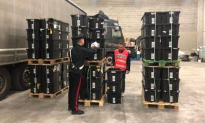 Camionisti rubano pacchi Amazon dai tir per oltre 200mila euro: tre arresti e due denunce